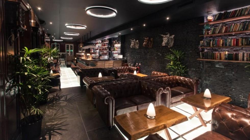 Kodu: 7860 - Cafe Bar Chester Koltuk Tasarımları Deri Chester Koltuklar