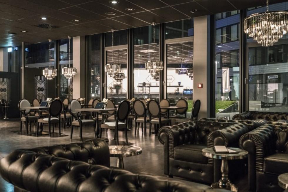 Kodu: 7876 - Deri Chester Koltuk Ve Sandalyeler Restoran İç Mekan Tasarımı