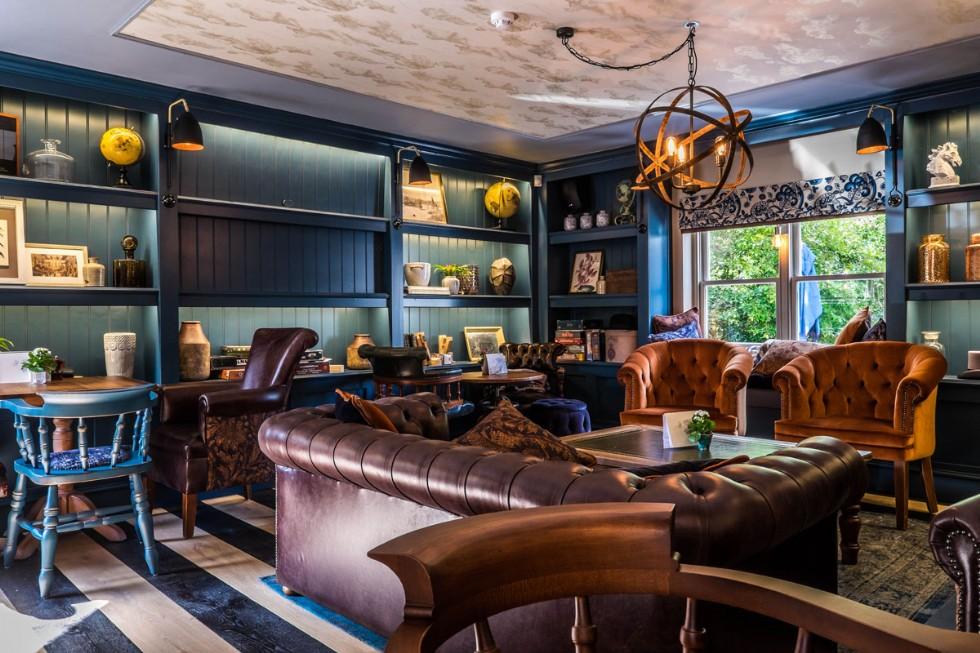 Kodu: 7836 - Lüks Bar Cafe Chester Koltuk Tasarımı Özel Üretim