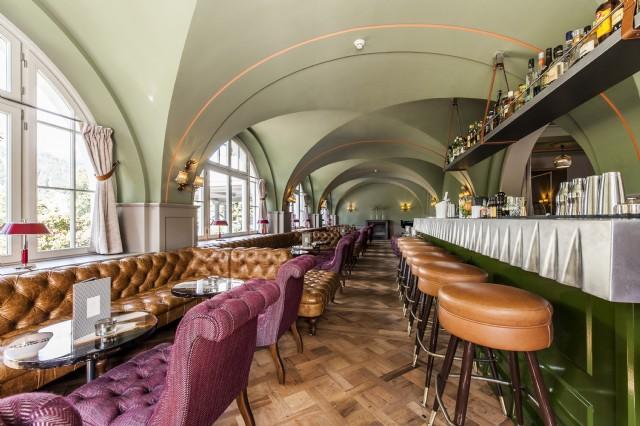 Luxury Cafe Bar Chester Koltuk Özel Ölçü Üretim