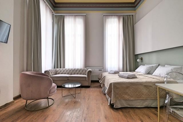 Otel Odası Tasarımı Chester Kanepe